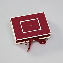 Small Photobox with cut out window, burgundy