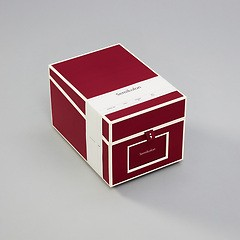 Multimedia Box with 5 adjustable tabs, burgundy