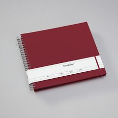 Maxi Mucho Album Black, 90 black pages, booklinen cover, burgundy