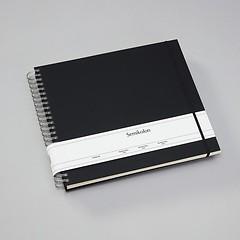 Maxi Mucho Album Cream, 90 cream pages, book linen cover, black